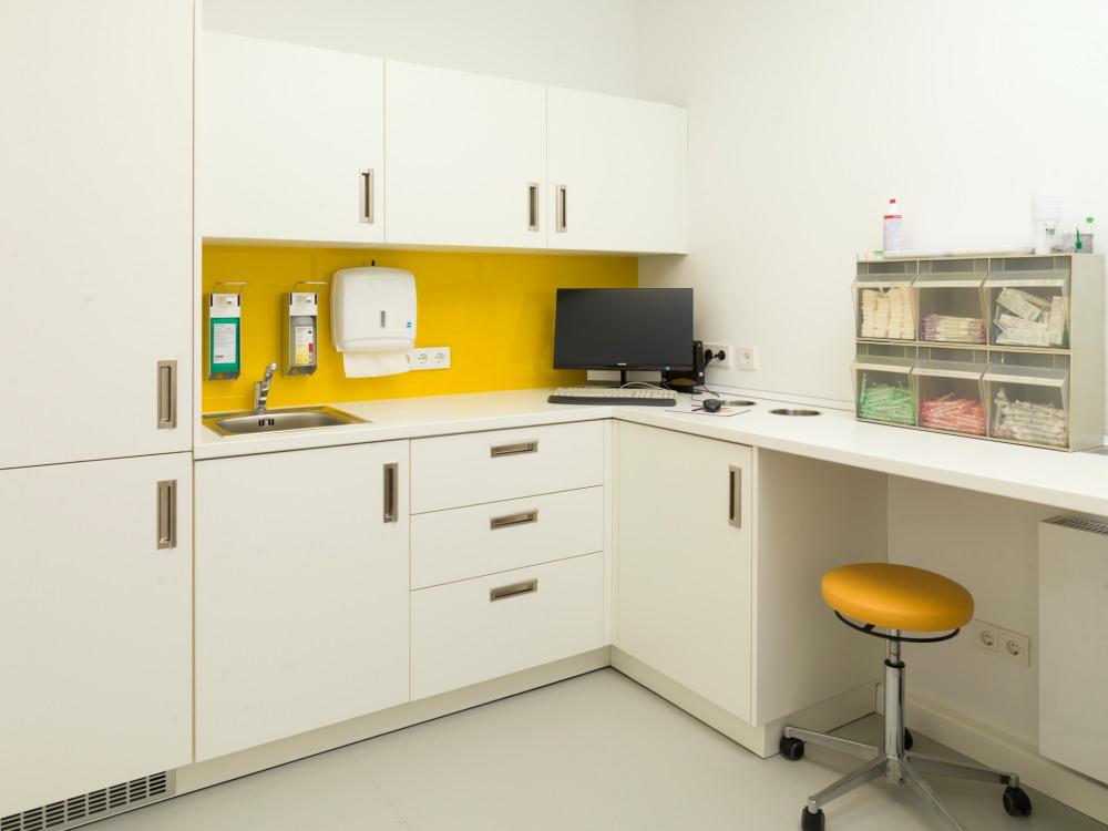Hochwertige Einrichtungen für Arztpraxen und Zahnärzte